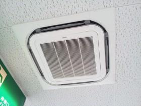 AISIN製 業務用空調GHP 屋内機