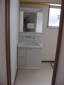 TOTO洗面台「サクア」3面鏡タイプです