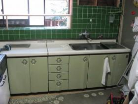 以前のL型キッチンです。
